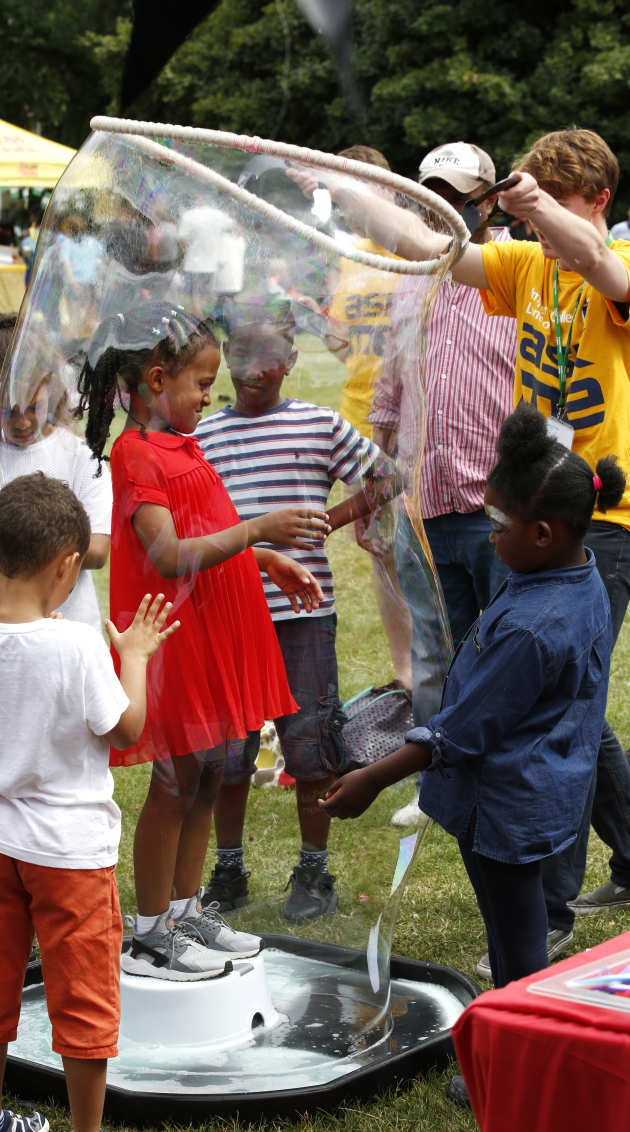 children learn about bubbles through play
