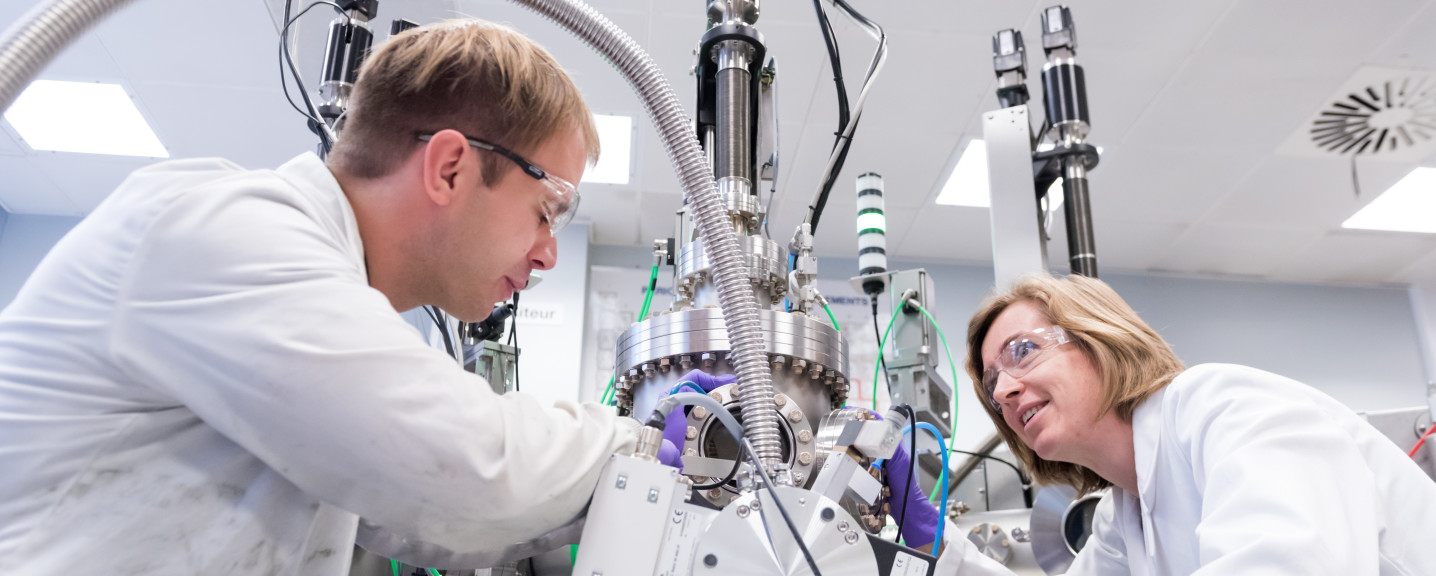 An image of two people in the lab