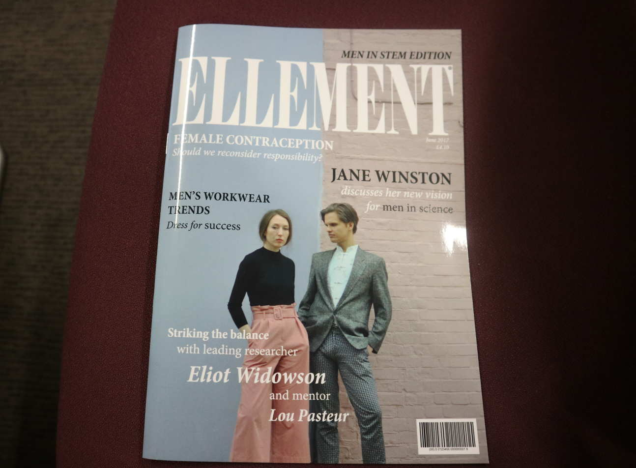 A magazine with the title 'Ellement'