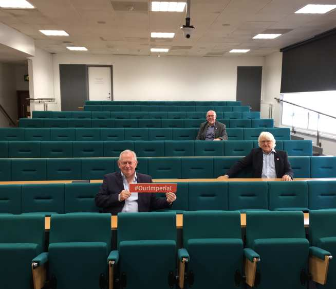 Three alumni from the Aeronautics class of 1969 in their old lecture theatre