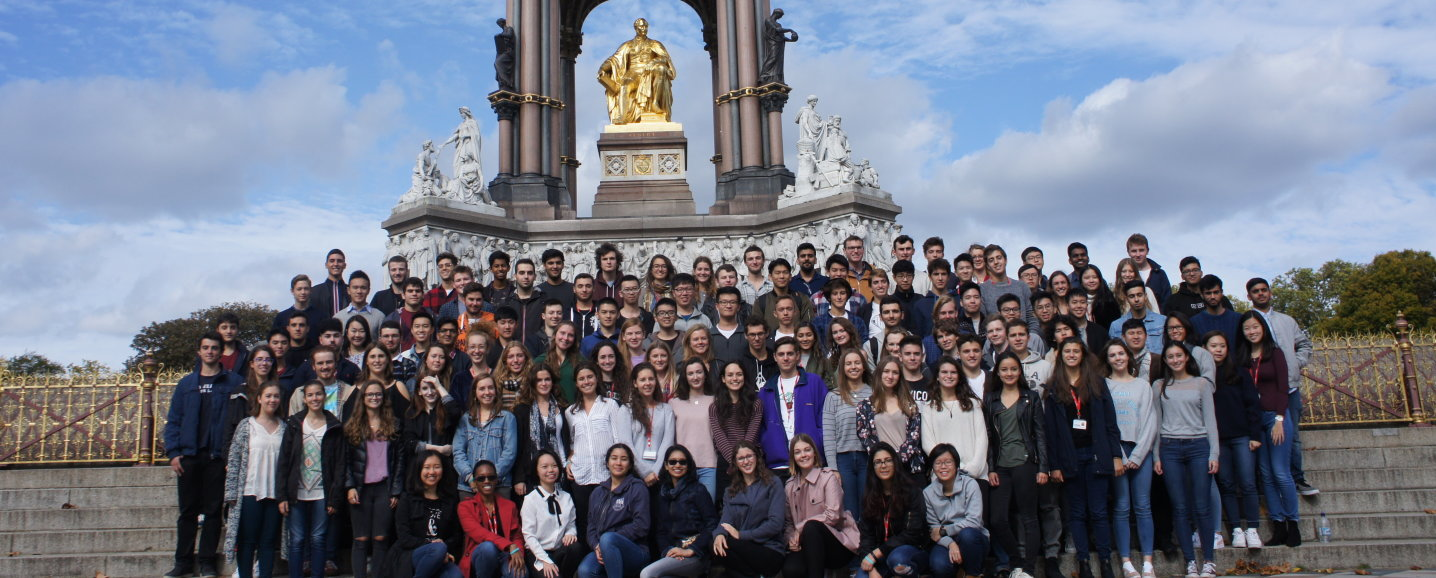 MEng Biomedical Engineering students in front of the Albert Memorial