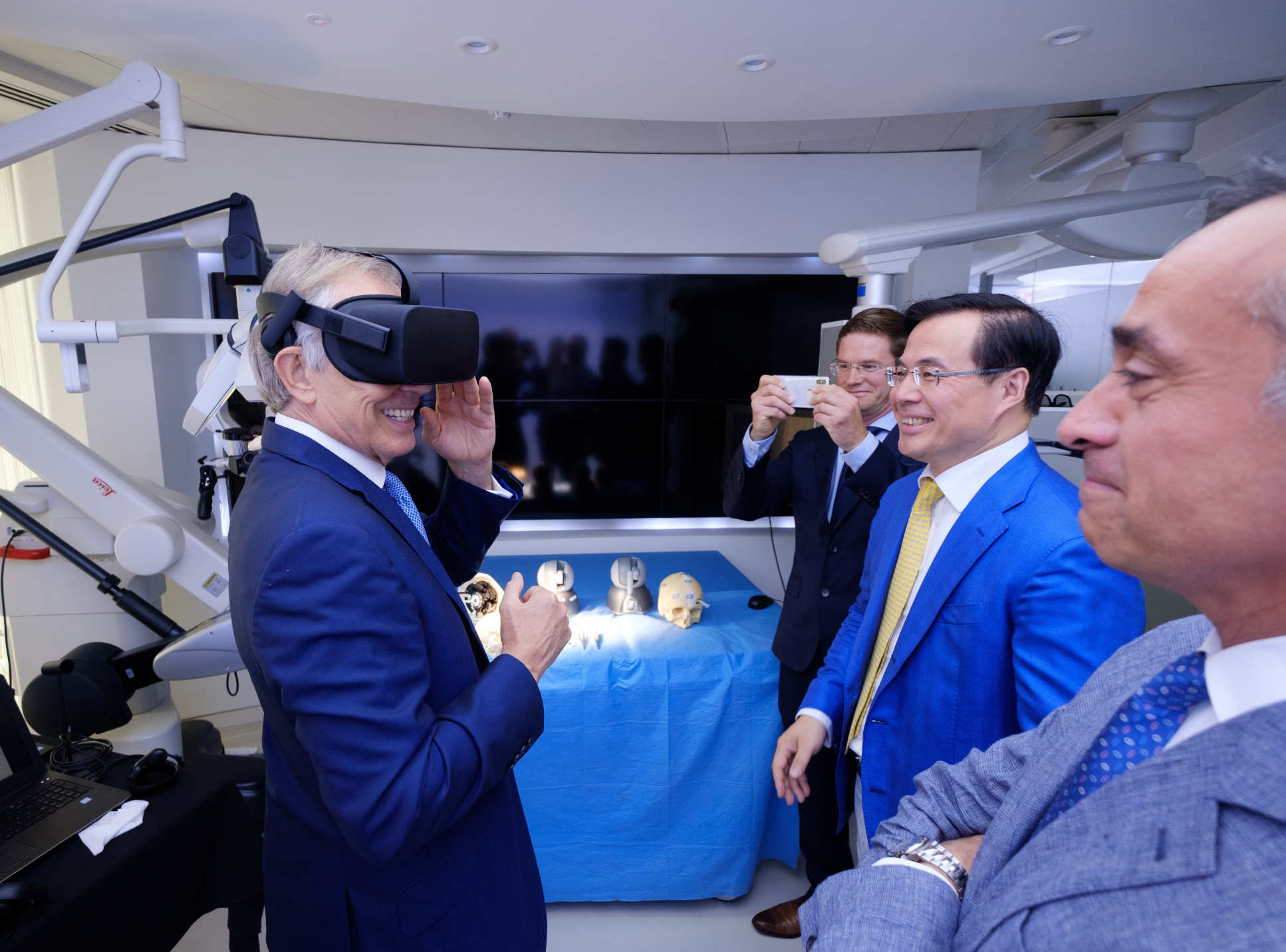 During his visit to Imperial Mr Blair toured the Hamlyn Centre for Robotics, viewing demonstrations of surgical robots, 3D printed microrobotic tools and augmented reality technology for medical imaging