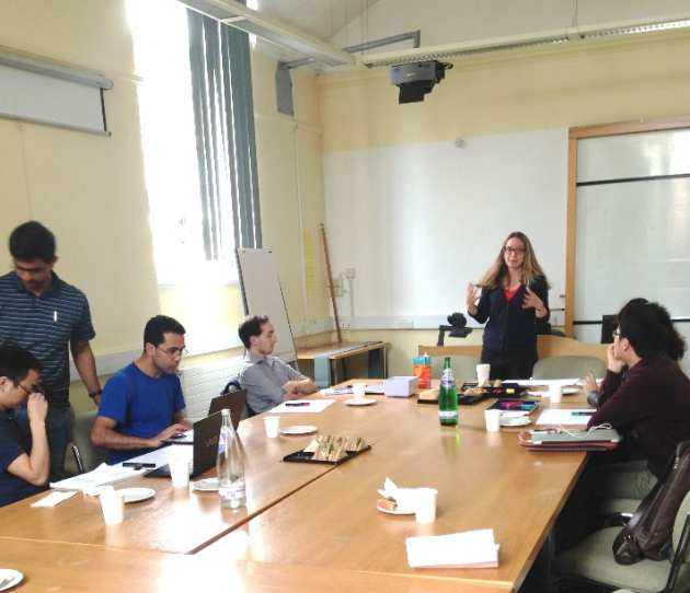 (University of Oxford, Outreach Officer, Jayne Shaw delivering a workshop to the PDRAs)