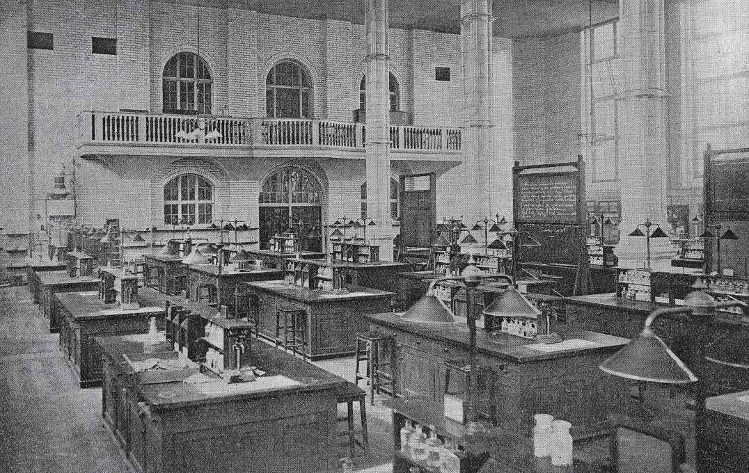Imperial chemistry labs in 1912