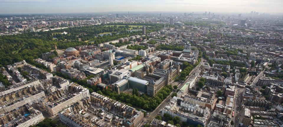 英國大學選校指南 Campus, City, Collegiate