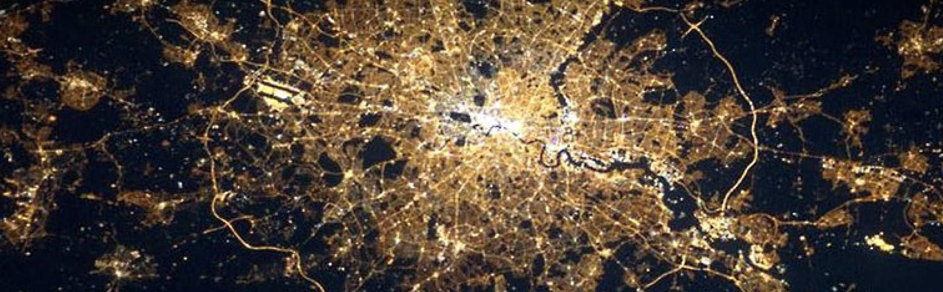 Map of London at night showing the level of light pollution