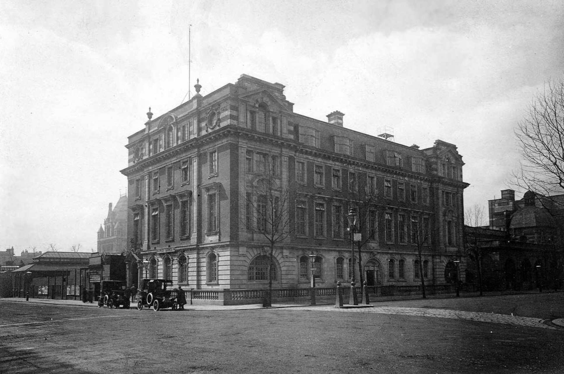 The Meteorological Office headquarters, Exhibition Road, South Kensington. This was the headquarters from November 1910 until November 1919.