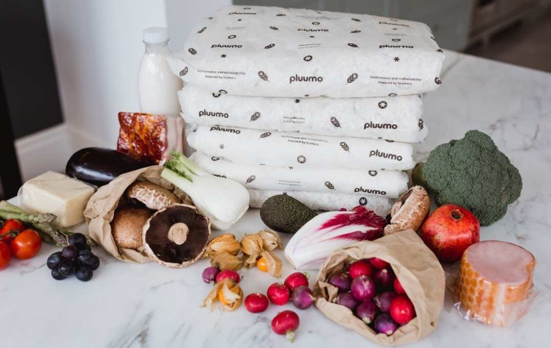 Pluumo, by company Aeropowder, is the world's first thermal packaging material made from surplus feathers. As well as using a product that would otherwise go to waste, the compostable nature of pluumo means it is an environmentally friendly alternative to conventional polystyrene packaging or thermal foil.