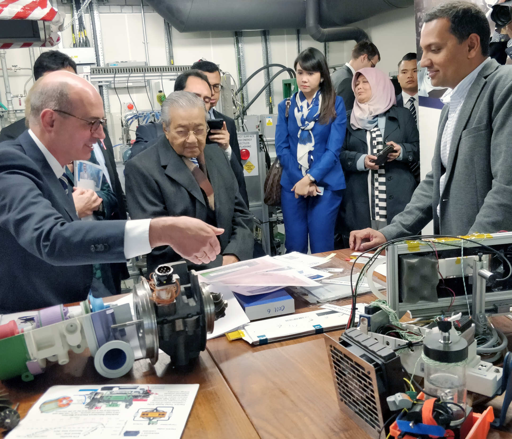 Prime Minister of Malaysia, Tun Dr Mahathir Mohamad, visits the Turbo Group laboratory, 24 September 2018