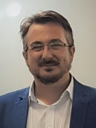Picture of Dr Alexandre Strapasson