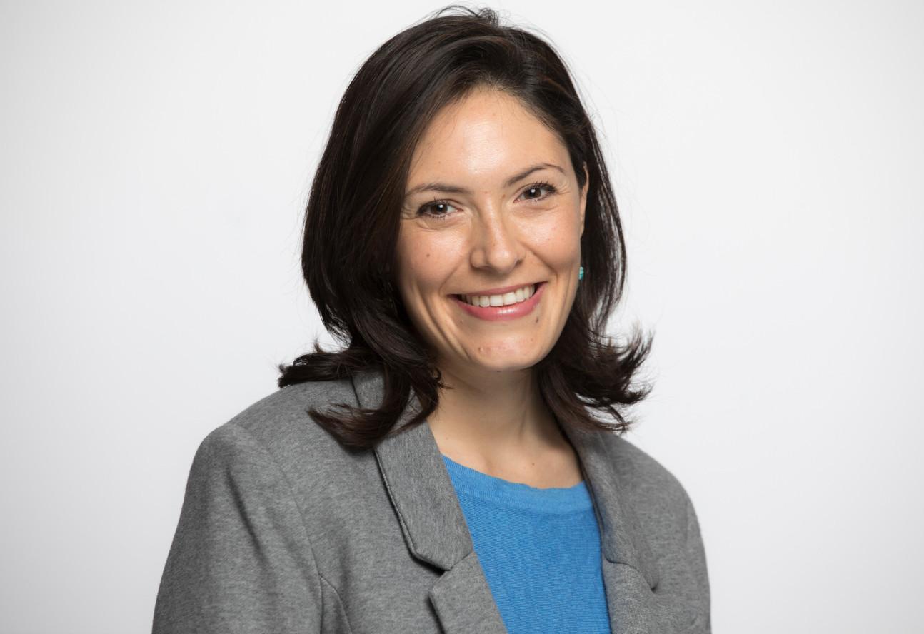 Dr Elisabetta Aurino