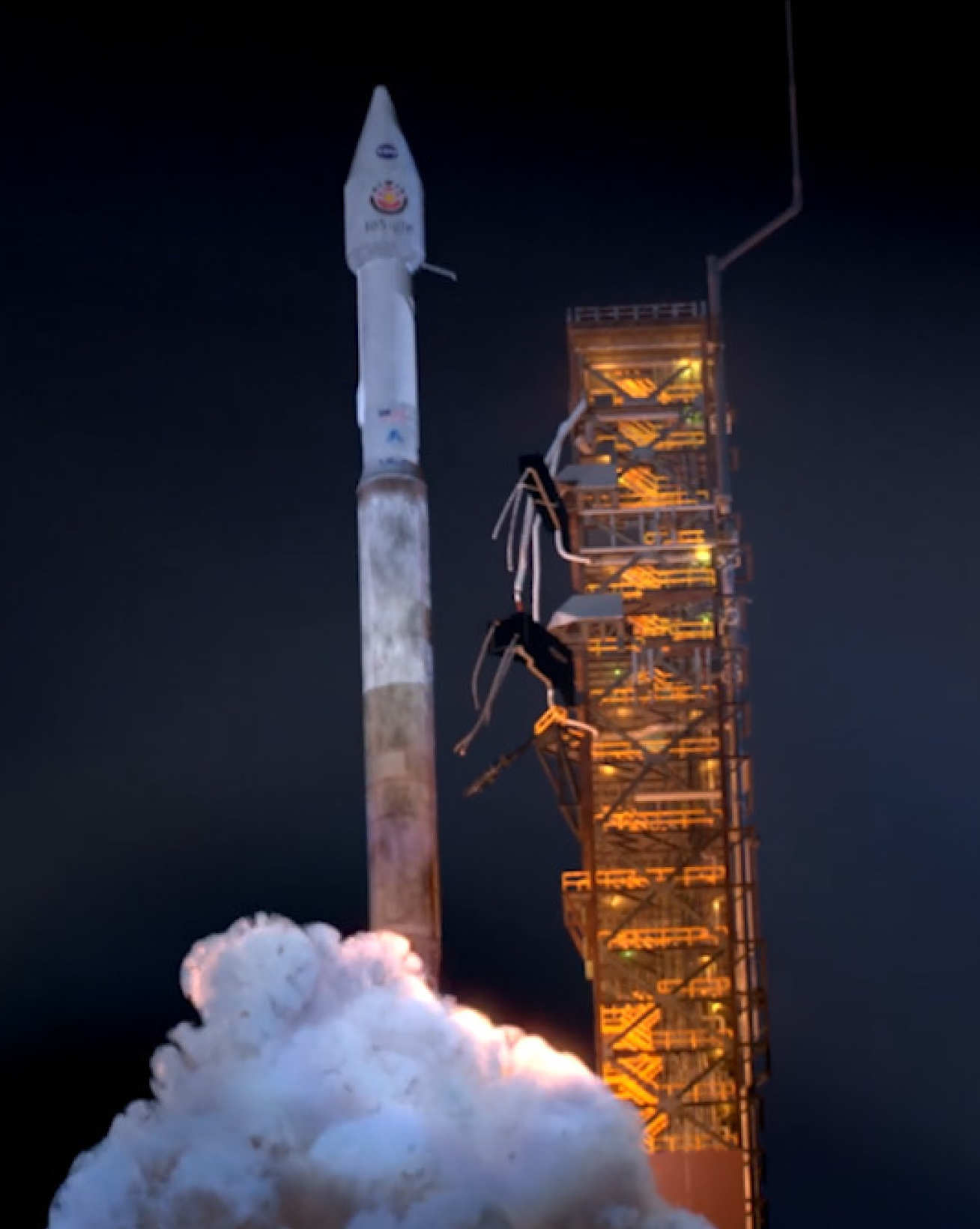 Photo of Mars InSight launching into space