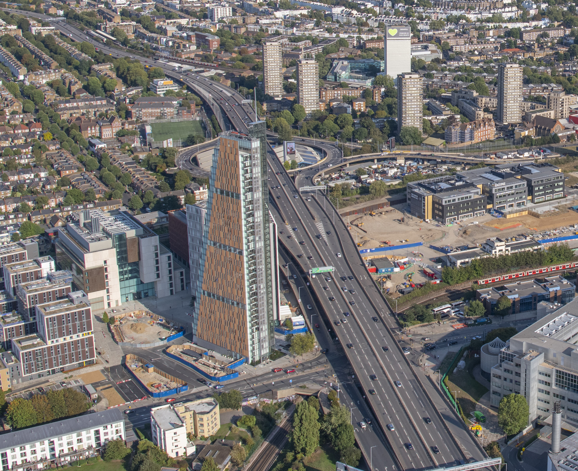 A birds eye view of the White City Campus  - jasonhawkes 524065 v3 1623399399683 x2 - Minister for London visits Scale Space White City | Imperial News