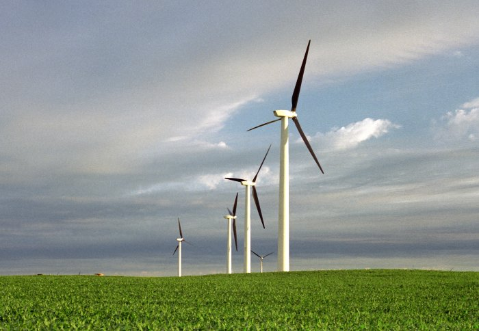 Wind produces more electricity than nuclear in the UK for the first time