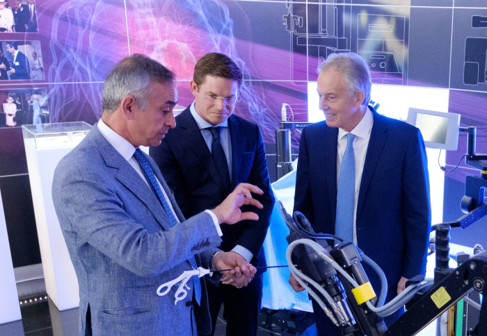 Mr Blair visits Imperial