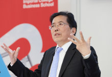 Huawei's Tian Tao tells secrets of company's success to Business School students