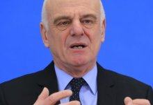 David Nabarro says coronavirus challenges can be averted with rapid action