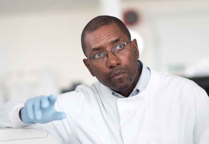 Dr Wayne Mitchell teaching in a lab