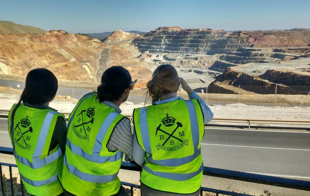 Paulina, Diego and Izzy admiring one of the open pits at Riotinto