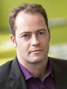 Headshot of Dr Niall Mac Dowell