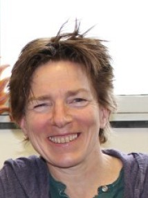 Headshot of Professor Jenny Nelson