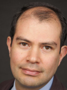 Headshot of Dr Arturo Castillo Castillo