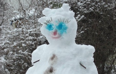 Photo of a snow woman