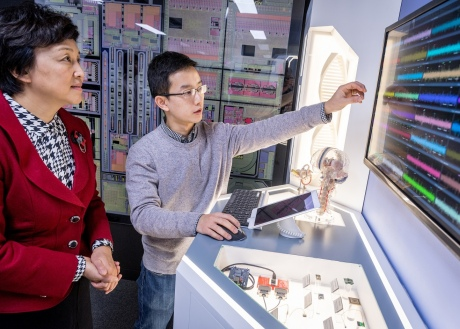 Prof Chen visits the Centre for Bio-Inspired Technology