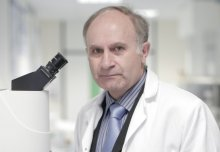 Professor Kazarian awarded Royal Society of Chemistry Sir George Stokes Award