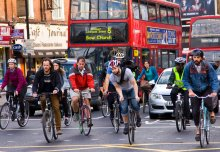 Walking and cycling in cities is good for health, despite worse air pollution